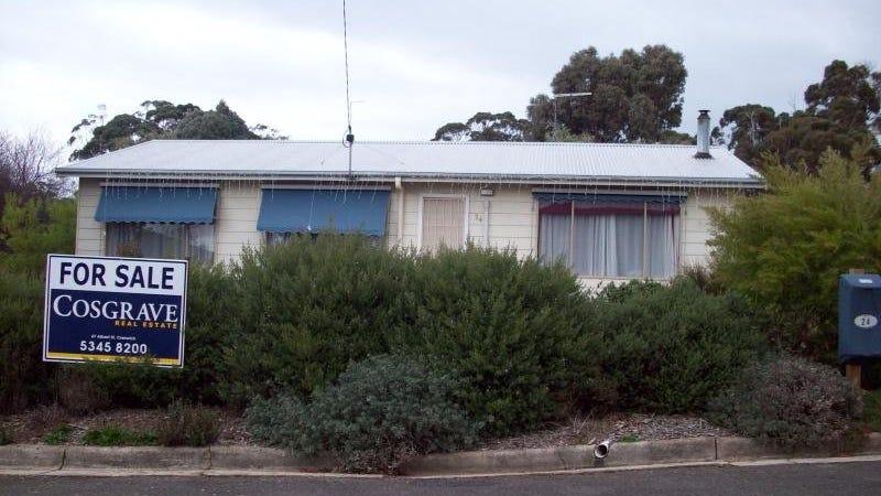 24 Semmens Avenue, Creswick, Vic 3363