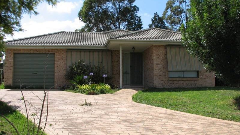 31 Dara Cres, Glenmore Park, NSW 2745