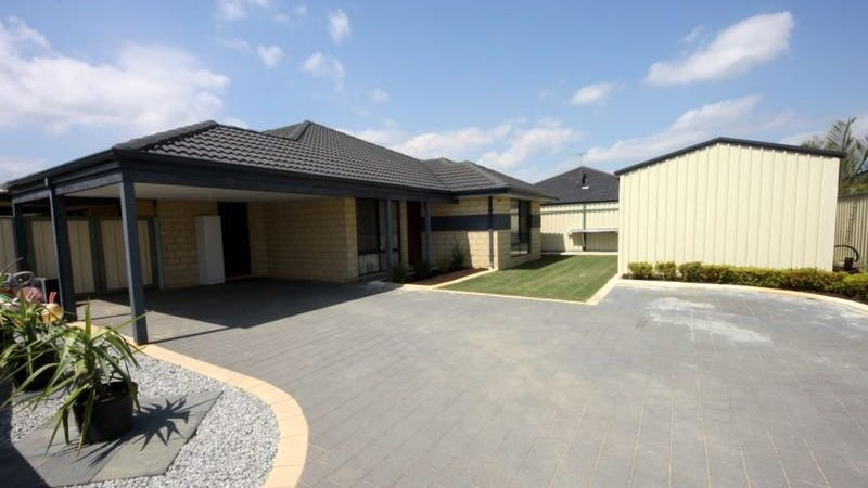 7 Donegal Court, Seville Grove, WA 6112