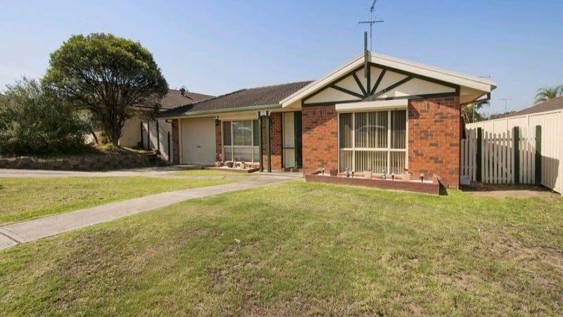 18 Banjo Paterson Close, Glenmore Park, NSW 2745