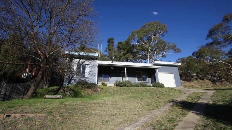 74 Hawkins Street, Cooma, NSW 2630