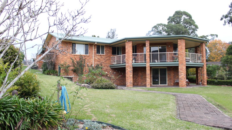 27 Macleay Street, Gloucester, NSW 2422
