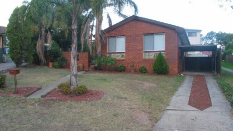 11 Moselle Place, Eschol Park, NSW 2558