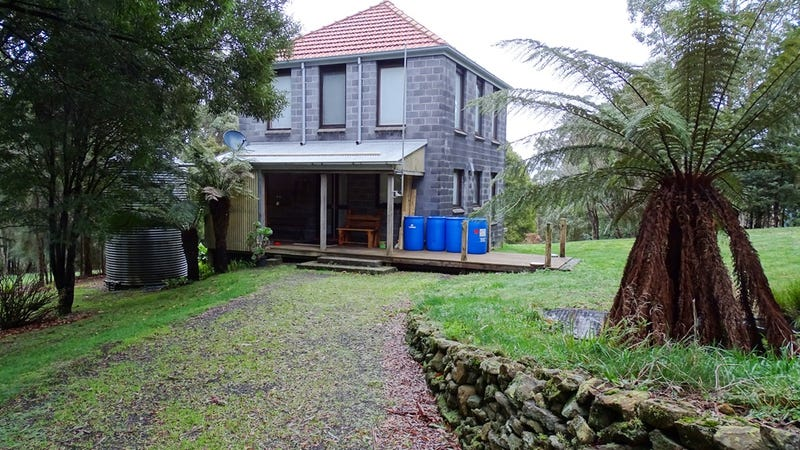 70 Main Road, Beech Forest, Vic 3237