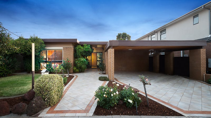 2B Bickhams Court, St Kilda East, Vic 3183