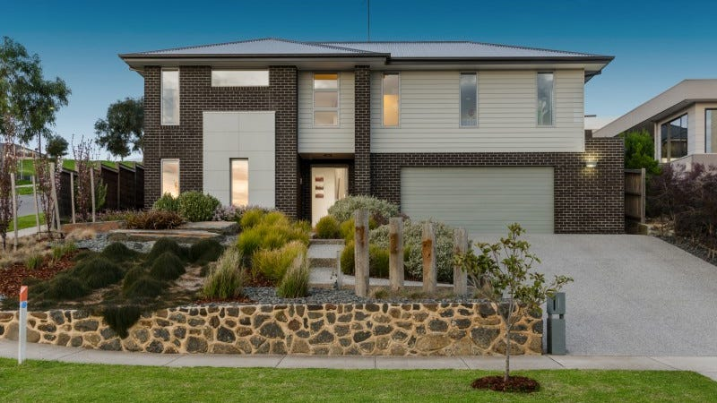 1 Manche Court, Highton, Vic 3216