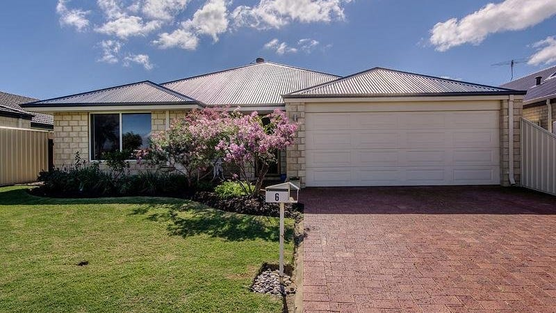 6 D'arcole Turn, Secret Harbour, WA 6173