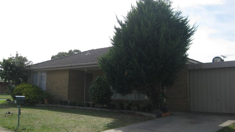 1/21 Whipbird Drive, Carrum Downs, Vic 3201