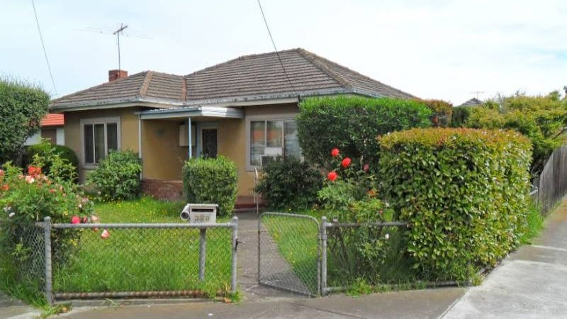 360 Ballarat Road, Sunshine North, Vic 3020