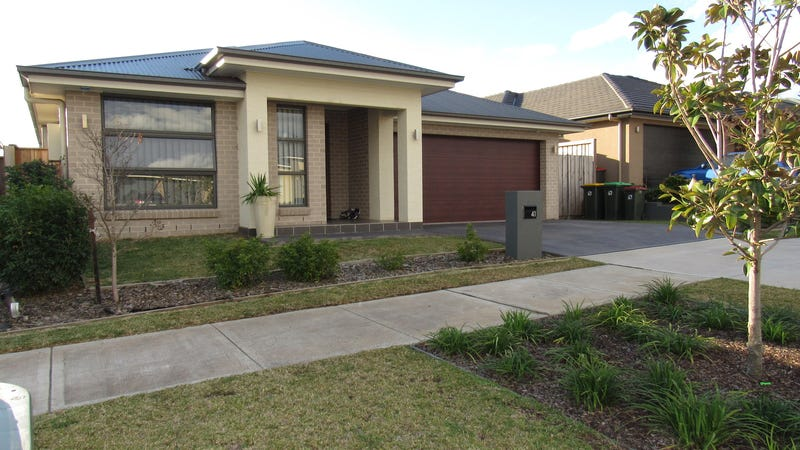 41 Lillydale Avenue, Gledswood Hills, NSW 2557