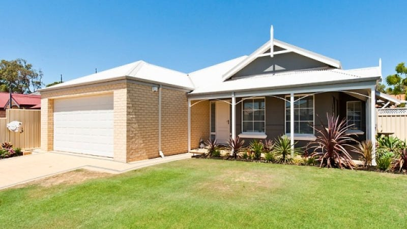 69 Nottely Cres, Secret Harbour, WA 6173