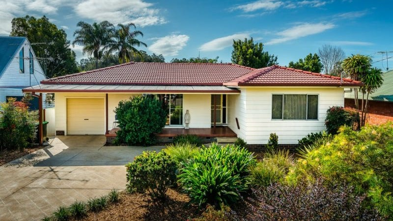10 Yellow Rock Road, Urunga, NSW 2455