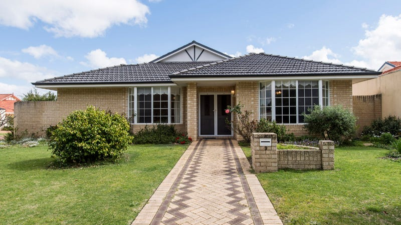 9 St Michaels Green, Canning Vale, WA 6155