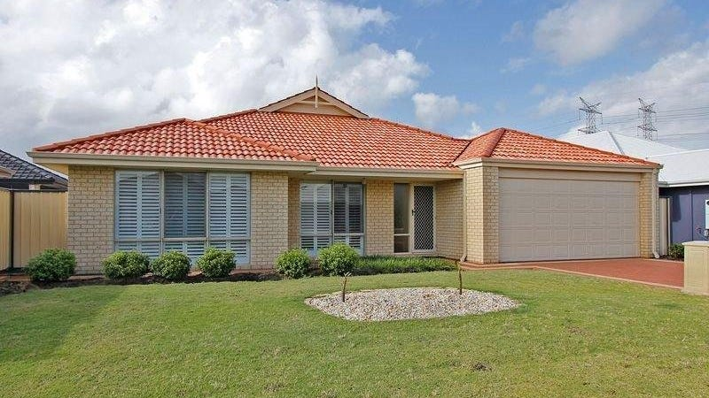 29 St Joseph Fawy, Success, WA 6164
