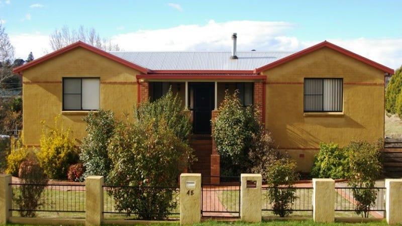45 Salisbury Street, Uralla, NSW 2358