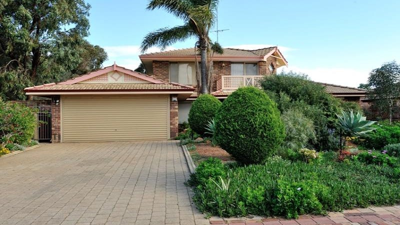 39 St Andrews Loop, Cooloongup, WA 6168