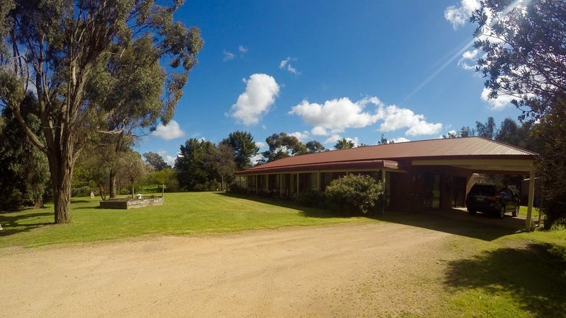 2002 Murray Valley Highway, Boosey, Vic 3730