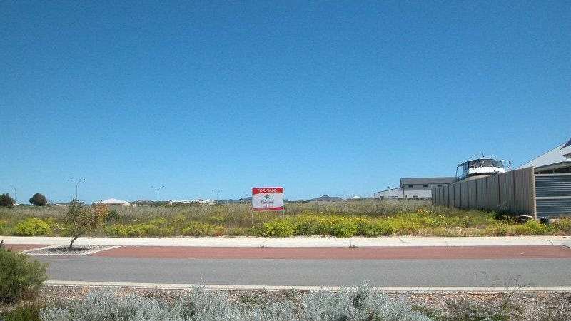 28 Crusoe Cres, Jurien Bay, WA 6516