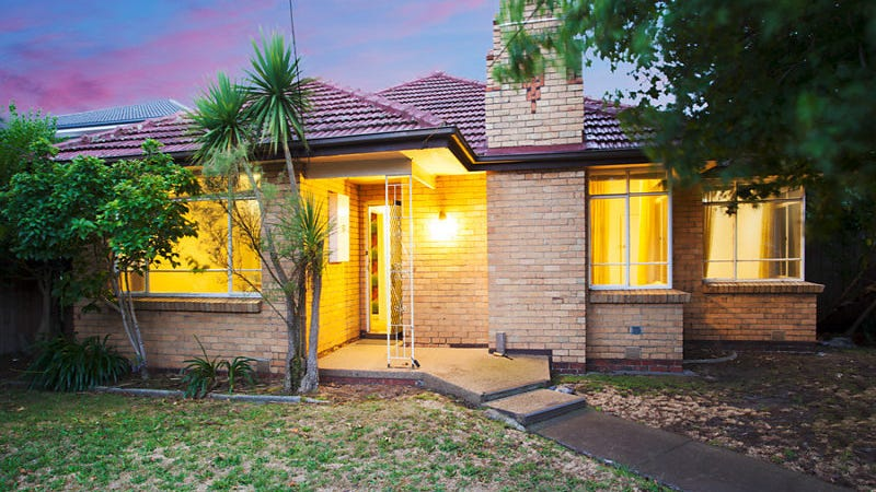 33 Lesden Street, Bentleigh East, Vic 3165