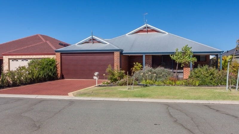 4 Spelthorne Way, Wellard, WA 6170