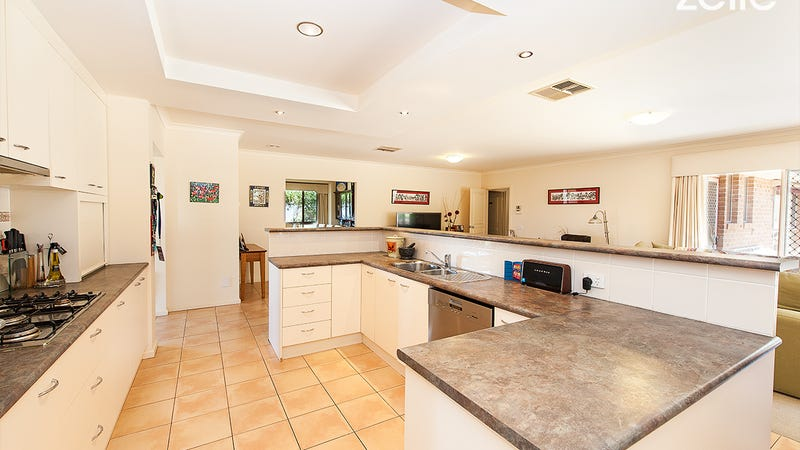 53 Florence Cres, West Albury, NSW 2640