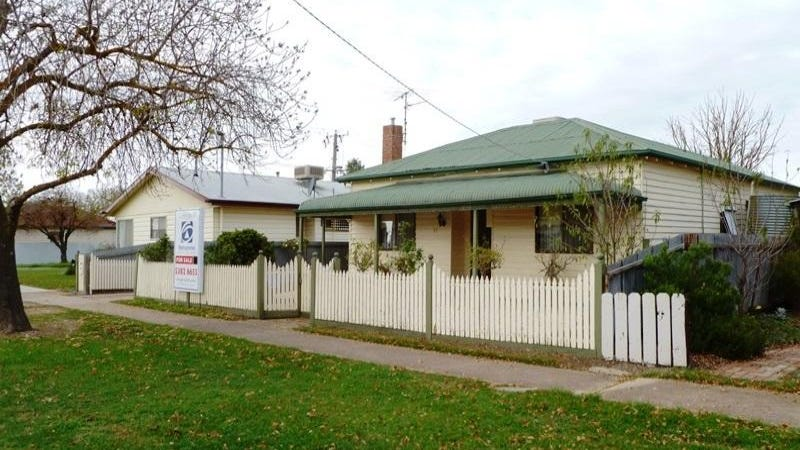 27 Edward Street, Horsham, Vic 3400