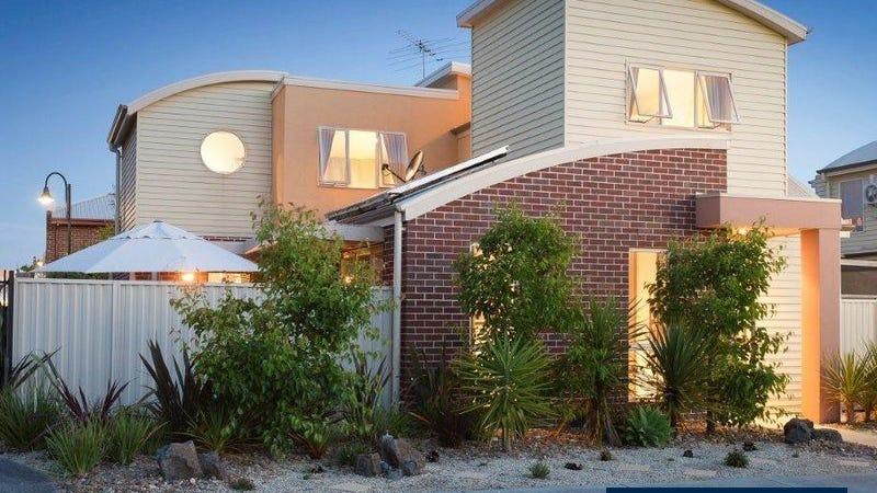 21 Flinders Chase, Pakenham, Vic 3810