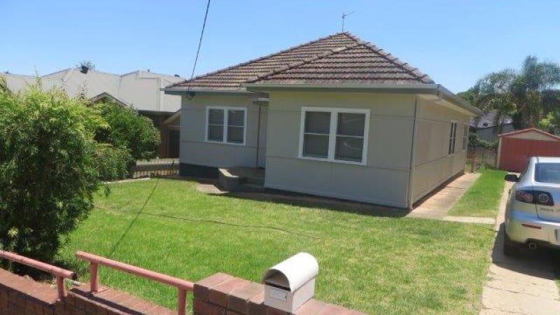 3 Heydon Avenue, Turvey Park, NSW 2650
