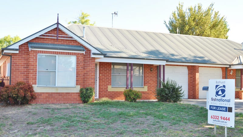 12 Bant Street, Bathurst, NSW 2795