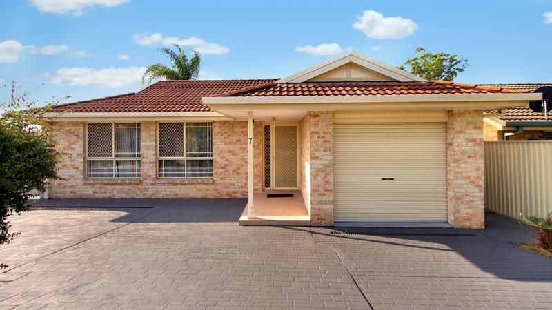 7 Seabrook Cres, Doonside, NSW 2767