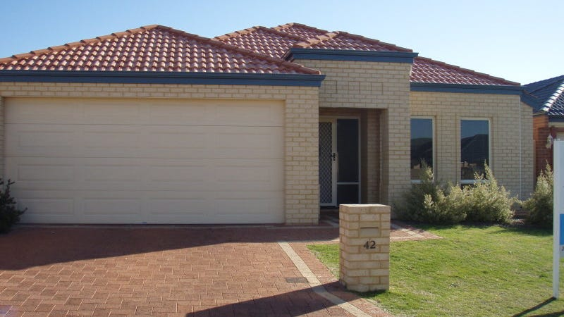 42 Claridge Circle, Thornlie, WA 6108