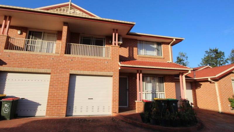 U 7/10-12 Peacock Close, Green Valley, NSW 2168