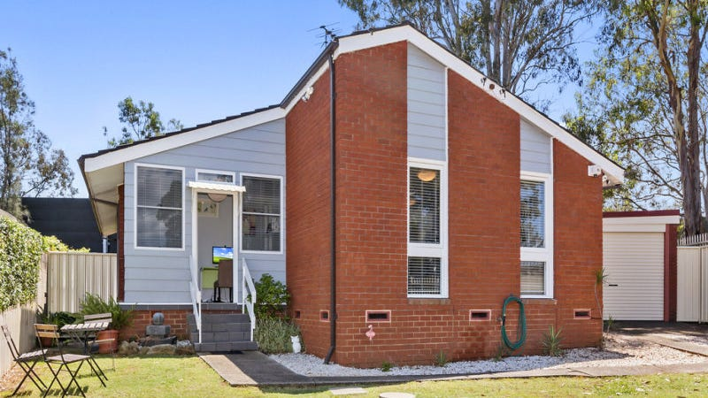 11 Conjola Place, Hammondville, NSW 2170