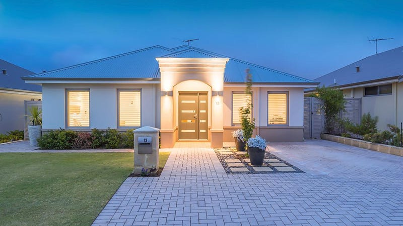 13 Willandra Place, Hillarys, WA 6025