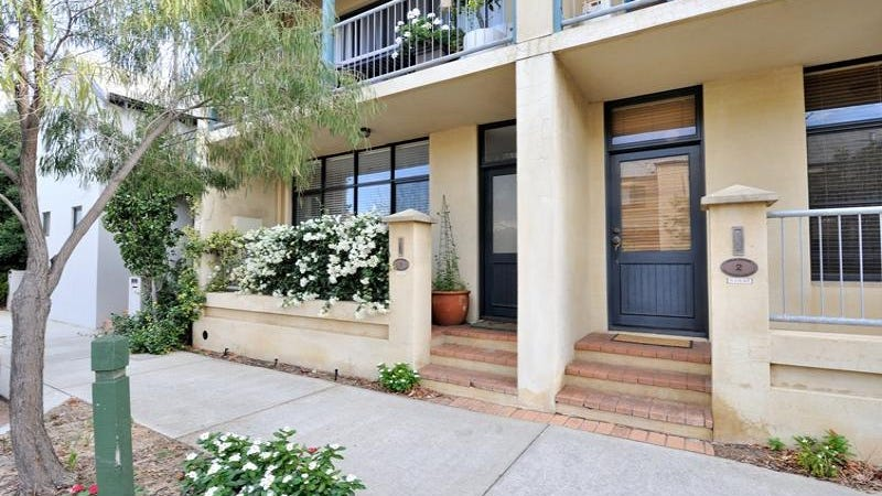 1/8-10 Pensioner Guard Road, North Fremantle, WA 6159