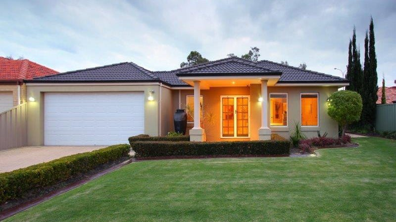 11 Waxberry Gardens, Canning Vale, WA 6155