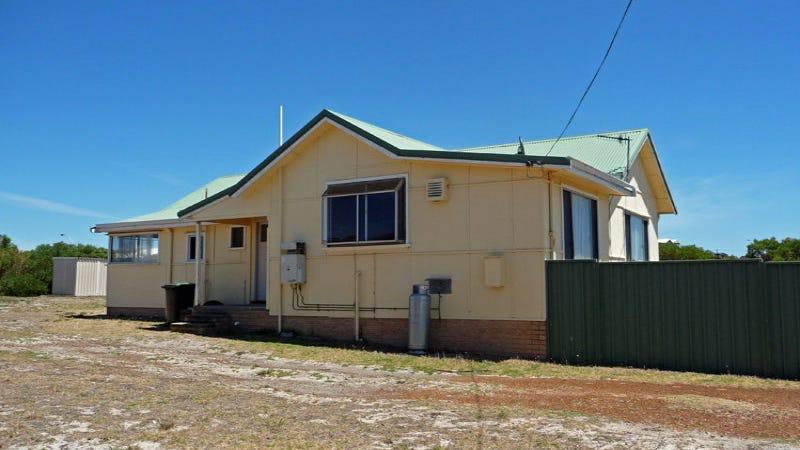 12 Agnes Place, Bremer Bay, WA 6338