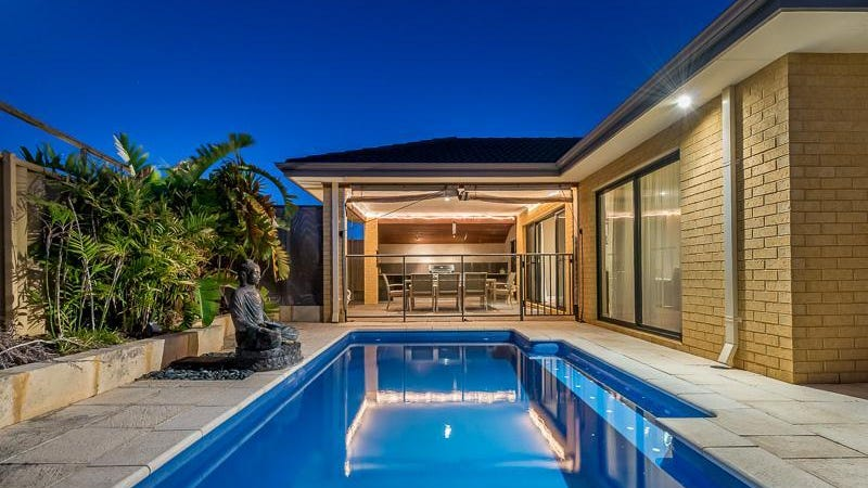 4 El Porto Way, Iluka, WA 6028