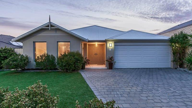 4 Shiralee Bend, Carramar, WA 6031