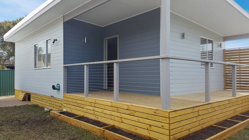 24 Clucas Avenue, Gorokan, NSW 2263