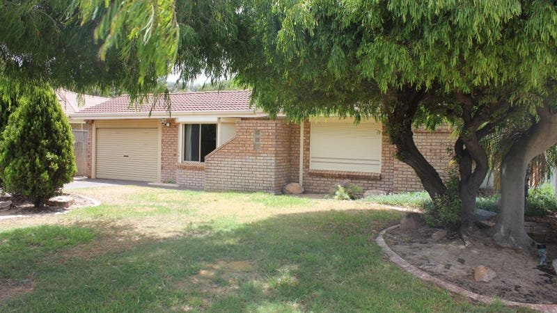 17 St Michaels Court, Cooloongup, WA 6168