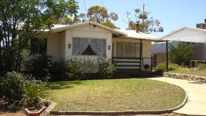 11 Jasper Road, Kambalda East, WA 6442