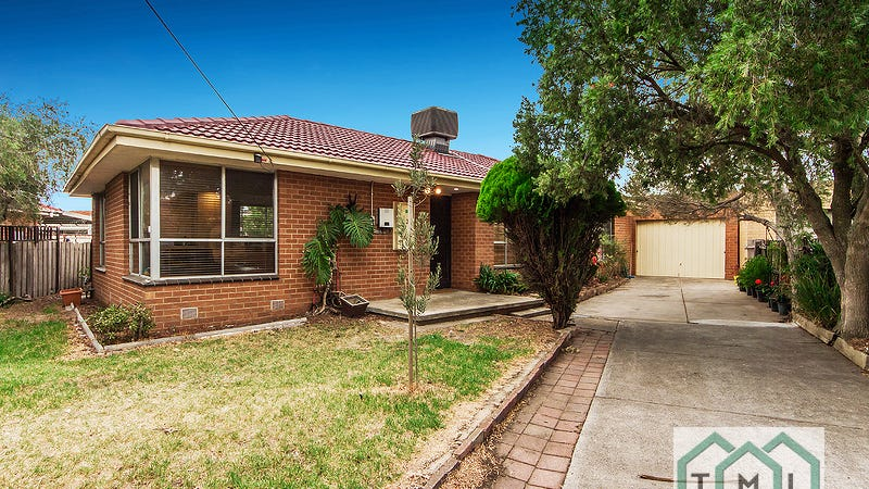 22 Tarana Cres, Kings Park, Vic 3021