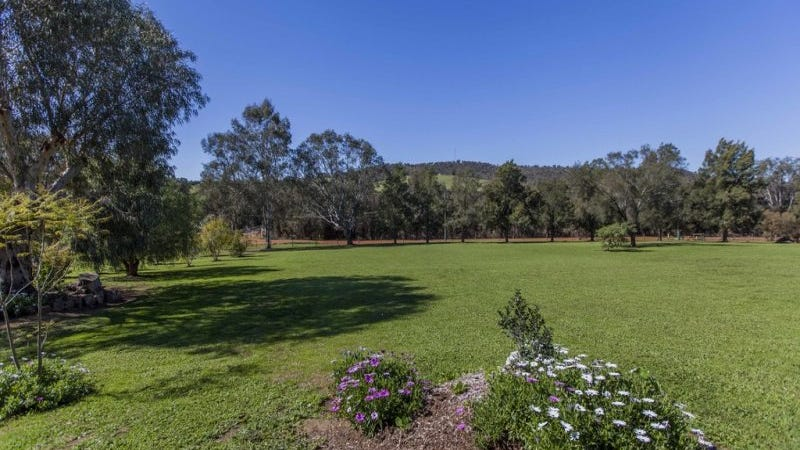 33 Gray Road, Bindoon, WA 6502