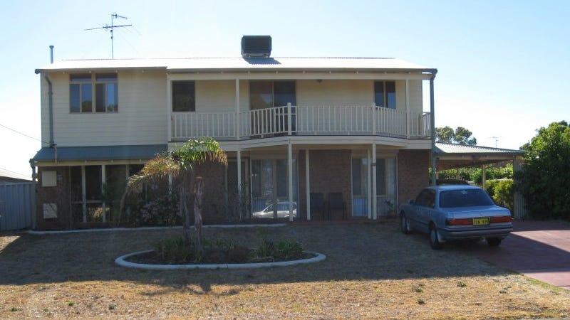 1 Lochinvar Street, Madora Bay, WA 6210
