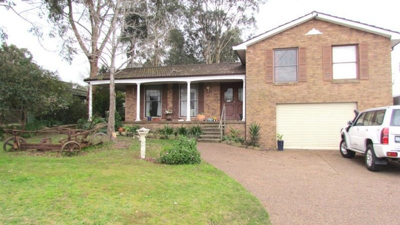 8 Church Street, East Branxton, NSW 2335