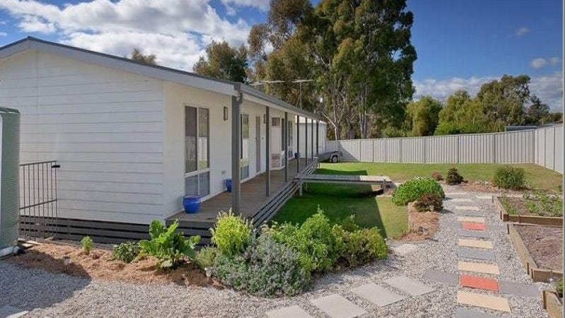 5 Pearce Court, Tallangatta, Vic 3700