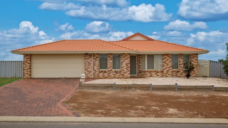 2 Ego Creek Loop, Waggrakine, WA 6530