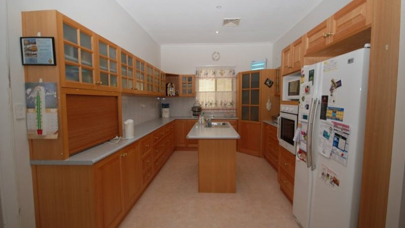 8 Trench Street, Wagin, WA 6315