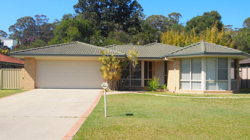 7 Lake Court, Urunga, NSW 2455